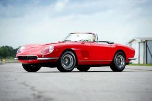 1967 Ferrari 275 GTB-4 NART Spyder - bloomberg