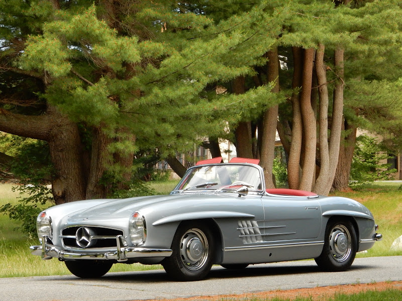Silver Blue 1962 300SL Disc Brake Roadster 4