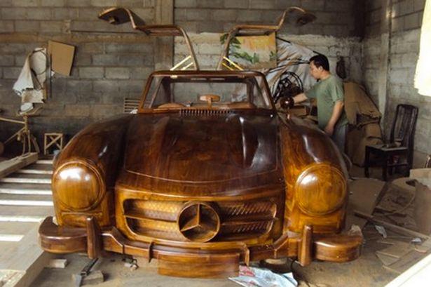 Wooden Gullwing Replica